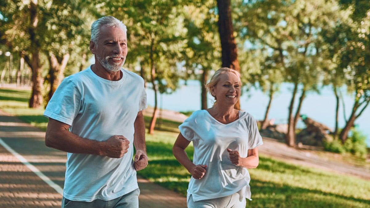 Gesund leben und Sport treiben kann das AMD Risiko senken